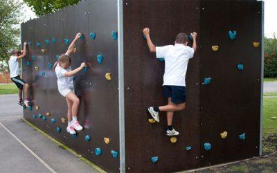 Untungnya Menggunakan Modifikasi Kontainer Bekas untuk Playground Anak
